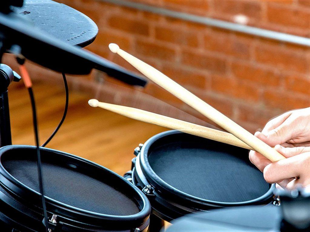⊛ Alesis Drums Nitro Mesh Kit Review y Opiniones 🥇【 2021