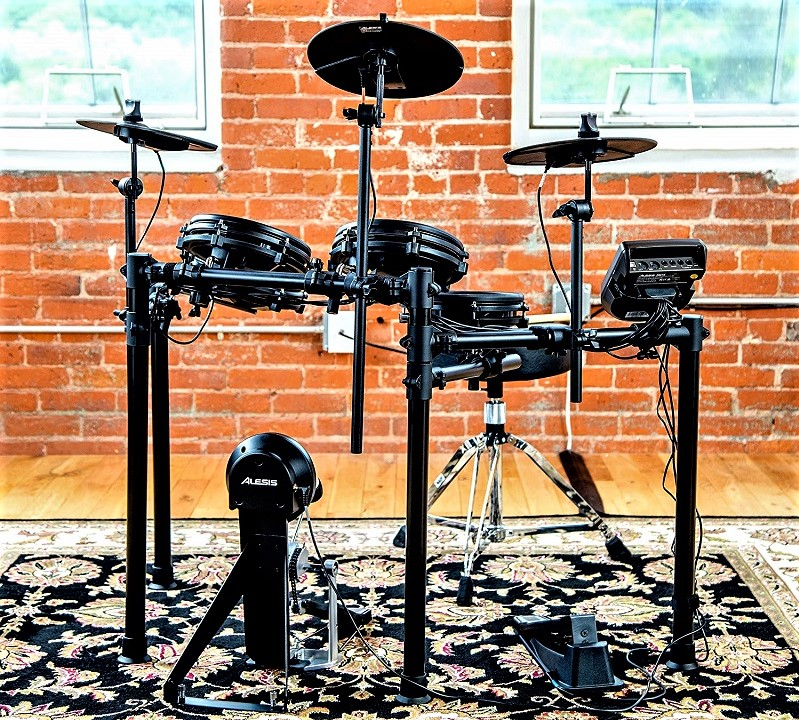 Alesis Drums Nitro Mesh Kit precio